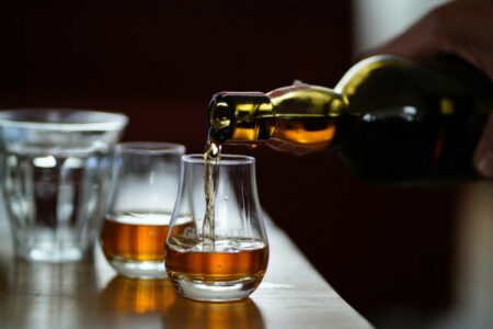 12862 investeren in alternatieve belegggingen zoals whisky bnt diamonds 600x400