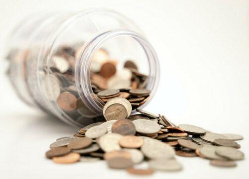 12135 munten rollen uit glazen bokaal baunat diamonds 600x432