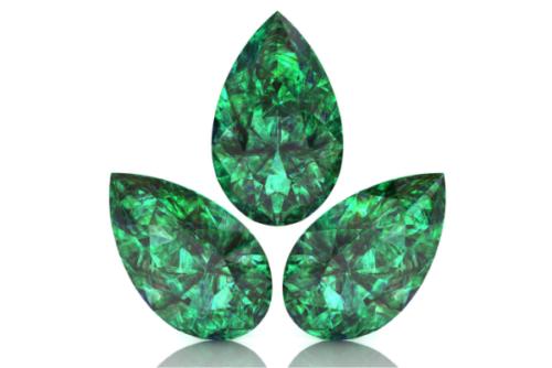 Smaragd mit Tropfenschliff