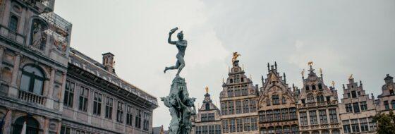 Antwerp: the centre of the diamond